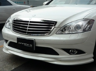 Mercedes-Benz S class 用パーツ 『W221 10y- S65 STYLE GRILL』 装着イメージ